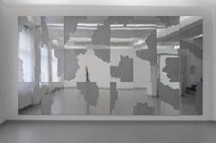 Installation 'Lichtwechsel', Spiegelkarton, Lackmarker, 24 Kapa-Platten á 97 x 68 cm, gesamt 291 x 544 cm